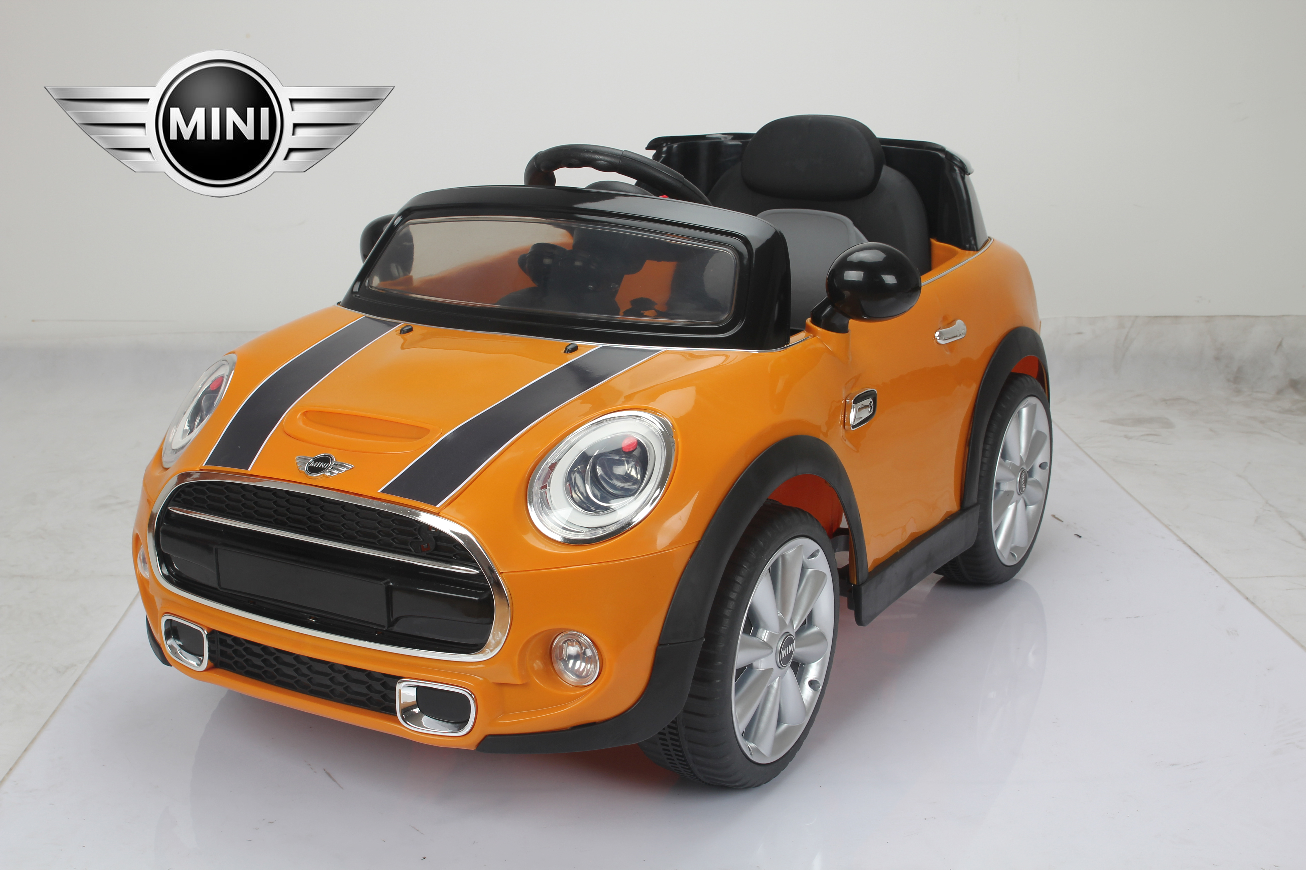 mini cooper licensed 12v kids ride on car twin motor remote control cars orange 7484320343970 ebay. Black Bedroom Furniture Sets. Home Design Ideas